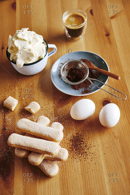 Ingredients for preparing Tiramisu