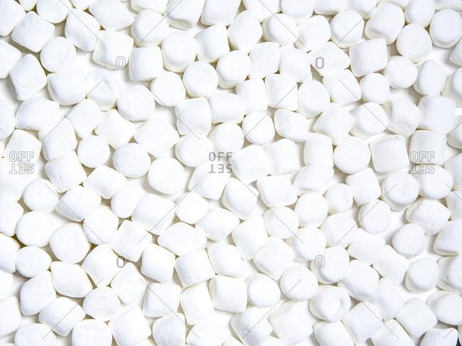 Mini marshmallows in a big pile