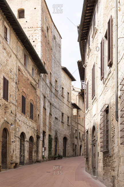 A street in San Gimignano, UNESCO World Heritage Site, Tuscany, Italy, Europe