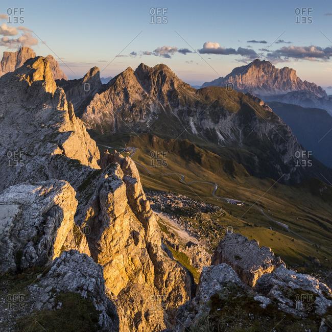 Europe, Italy, Alps, Dolomites, Mountains, Passo Giau, View from Rifugio Nuvolau