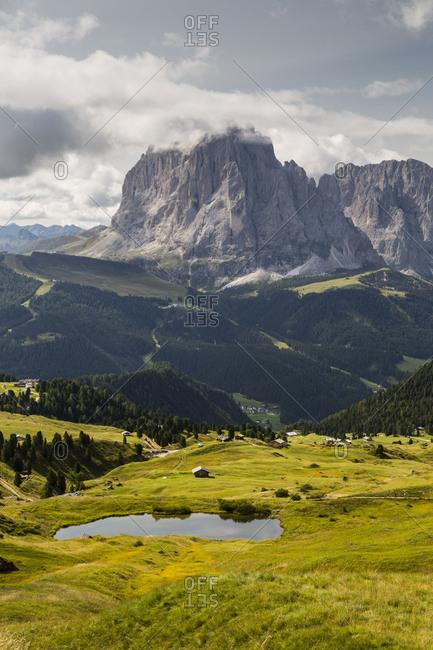 Europe, Italy, Alps, Dolomites, Mountains, South Tyrol, Val Gardena, Sassolungo, View from Seceda
