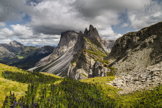 Europe, Italy, Alps, Dolomites, Mountains, South Tyrol, Val Gardena, Geislergruppe / Gruppo delle Odle, View from Seceda