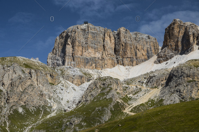 Europe, Italy, Alps, Dolomites, Mountains, Pordoi Passcable railway Sass Pordoi