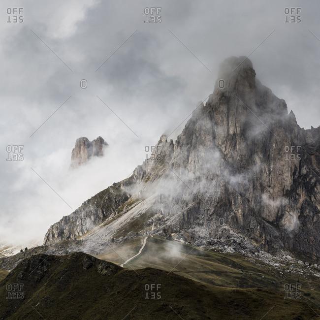 Europe, Italy, Alps, Dolomites, Mountains, Veneto, Belluno, Giau Pass La Gusela