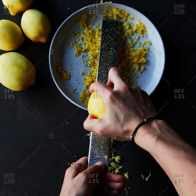 Zest a lemon - Offset Collection