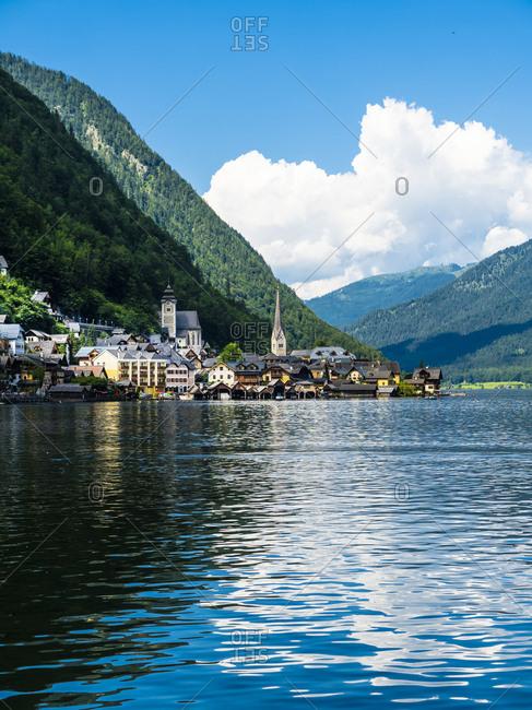 Austria- Salzkammergut- Lake Hallstatt with Hallstadt