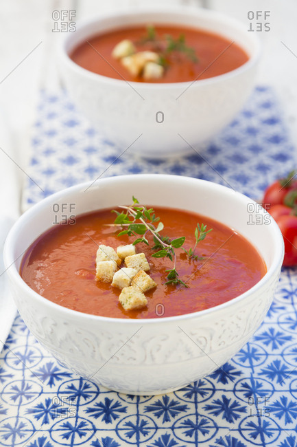 Tomato soup with croutons and thyme