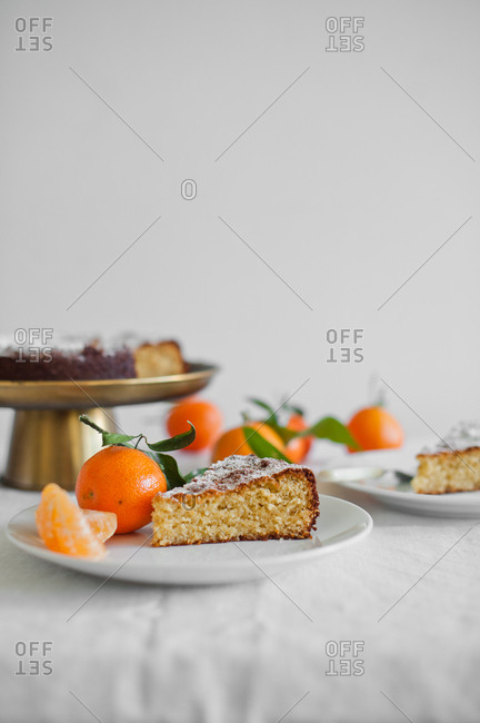 Slice of cake and Clementine