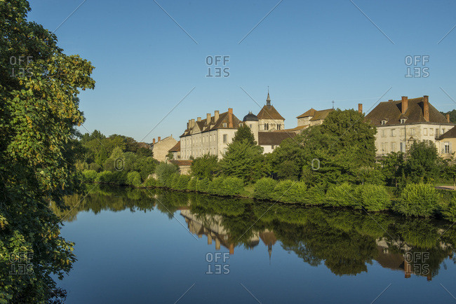 France, Centre France, Ebreuil, banks of the Sioule river