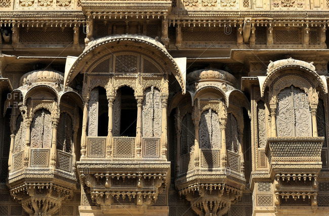 India, Rajasthan, stone sculpted balconies (known as Jharokhas), Haveli Patwon-ki in Jaisalmer
