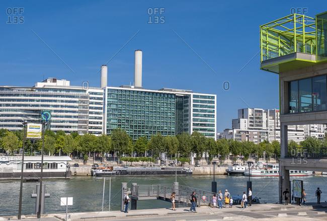 August 14, 2009: France, Paris 12th and 13th district, Quai de la Rapee seen from quai d'Austerlitz