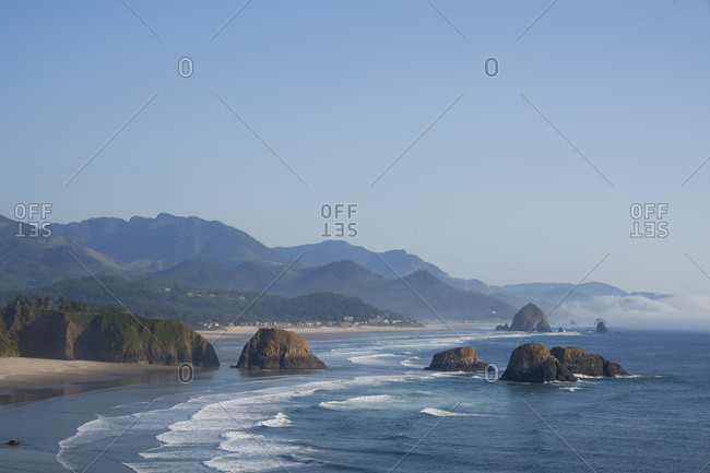 View over beach on the coast of Oregon, USA