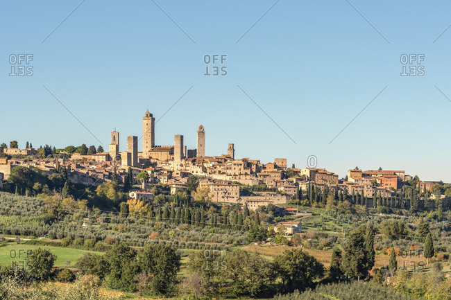 Italy- Tuscany- San Gimignano- townscape with gender towers
