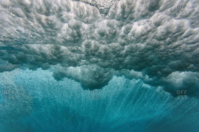 Maldives- Ocean- underwater shot- wave
