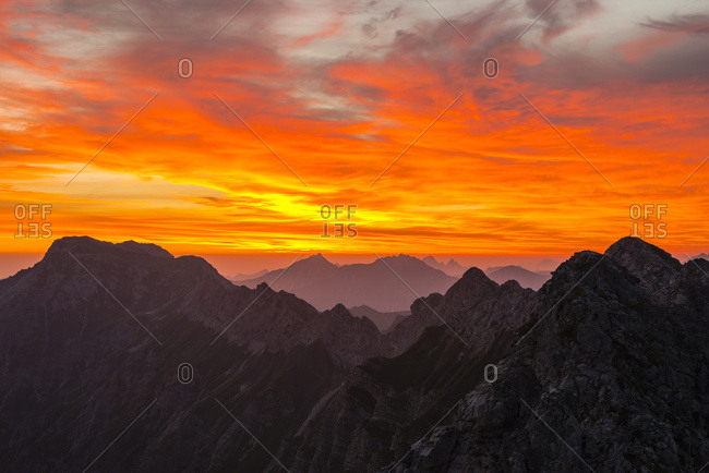 Germany- Bavaria- Allgaeu- Allgaeu Alps- Nebelhorn at sunrise