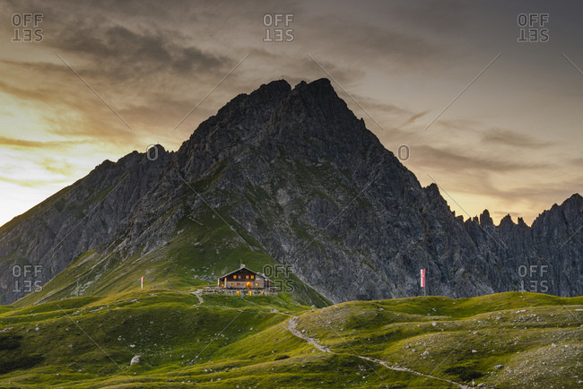 Germany- Bavaria- Allgaeu- Allgaeu Alps- Fiderepass hut and Hammerspitze in the evening