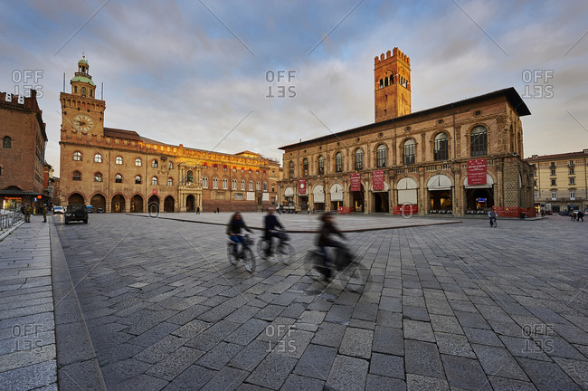November 28, 2012: Piazza Maggiore, the city center square in Bologna, Italy.