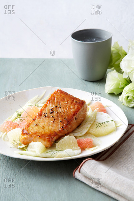 Citrus fennel salmon