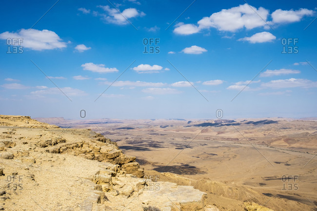 Beautiful natural scenery of Makhtesh Ramon Crater in the Negev Desert, Mitzpe Ramon, Southern District, Israel
