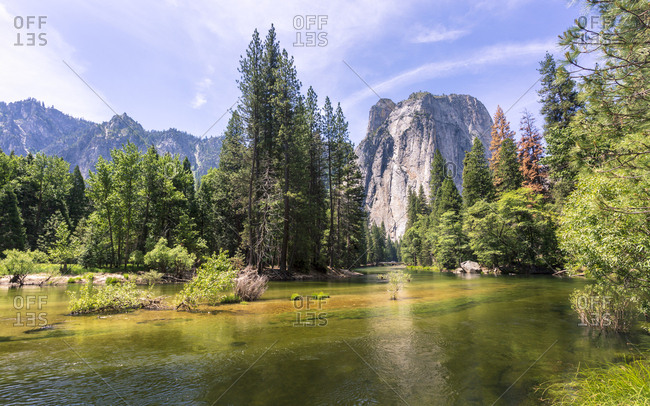 Cathedral Rocks from Yosemite Valley, UNESCO World Heritage Site, California, United States of America, North America