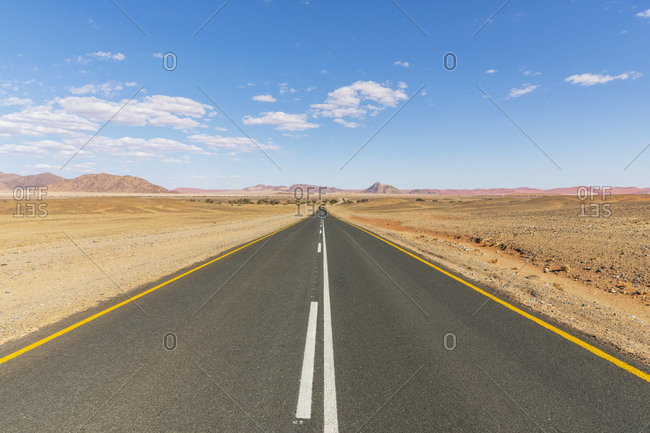 Africa- Namibia- Namib desert- Naukluft National Park- empty road to Sossusvlei