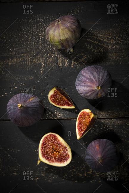 Figs on dark wood