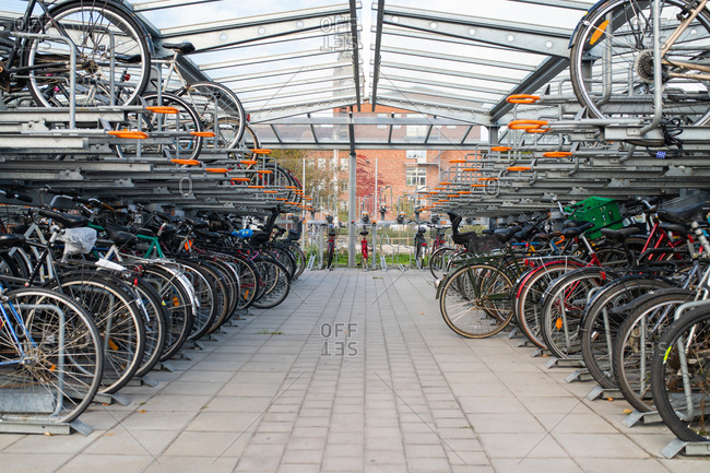 10/1/18: Many bikes stored in bicycle parking structure in Sweden