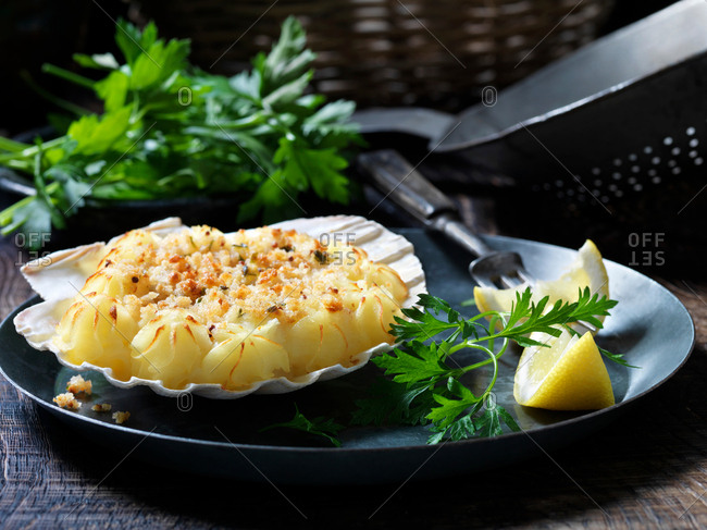 Seafood scallop starter