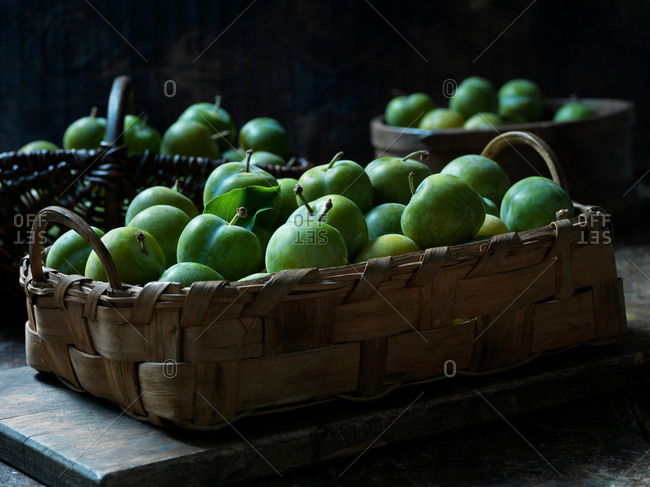 Greengage plums