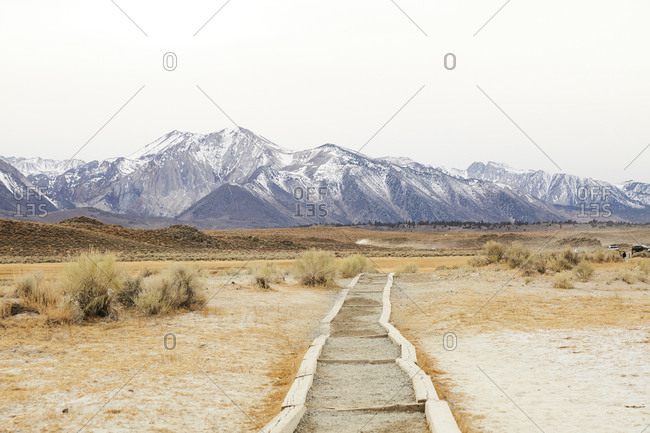 Hiking path in the eastern Sierra mountains of California