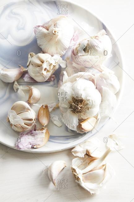 Garlic bulbs and cloves - Offset