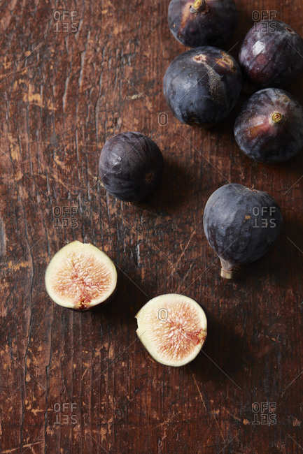 Figs on rustic wood table