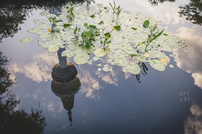 Germany- Hamburg- Planten un Blomen- tv tower mirroring in the water