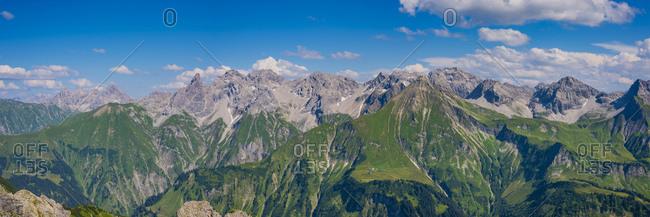 Germany- Bavaria- Allgaeu- Allgaeu Alps- panoramic view of Allgaeu main ridge from Krumbacher Hoehenweg