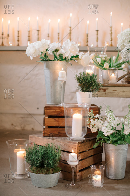 Wedding decor with flowers and wooden crates