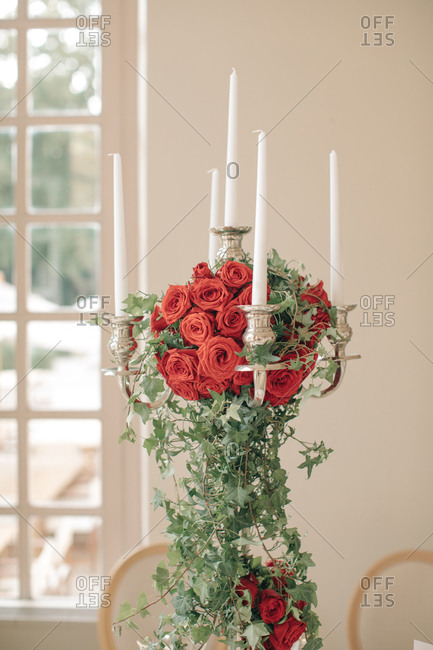 Rose and candle wedding decoration