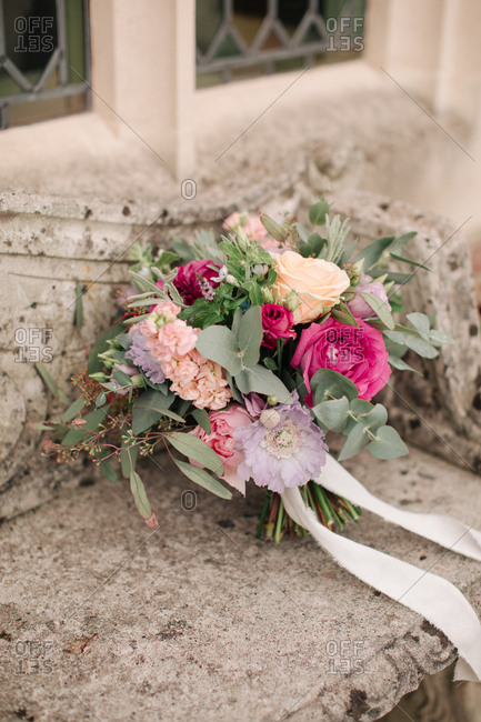 Colorful wedding bouquet - Offset Collection