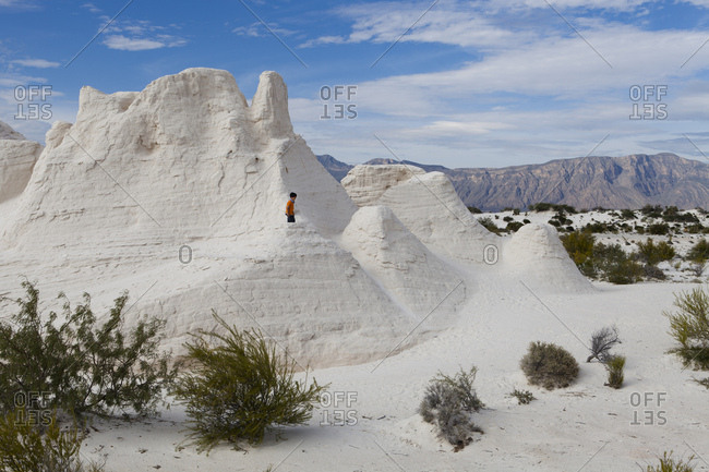 "November 4, 2013: White sand dunes in the Cuatro Cienegas National Reserve called ""Parque Los Arenales"" and where we find the white dunes of Yesos, Cuatro cienegas, Coahuila State, Mexico"