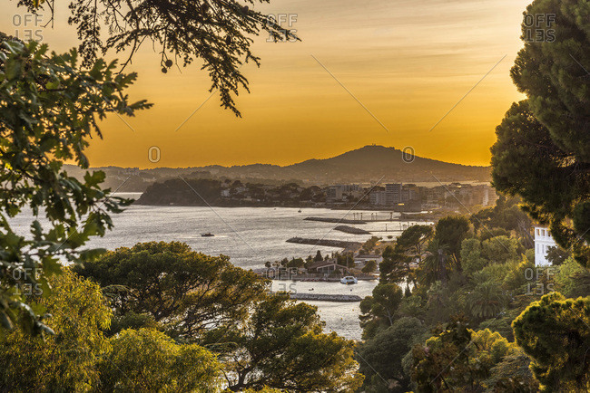 France, Provence-Alpes-Cote-d'Azur, Var, Toulon, roadstead, overall view