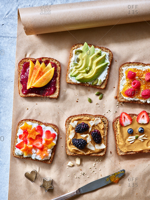 Toast with fruit