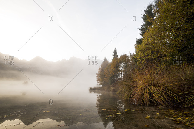 Autumn mood at the Schmalensee (lake) at Mittenwald, in the background the Karwendelgebirge (mountains)