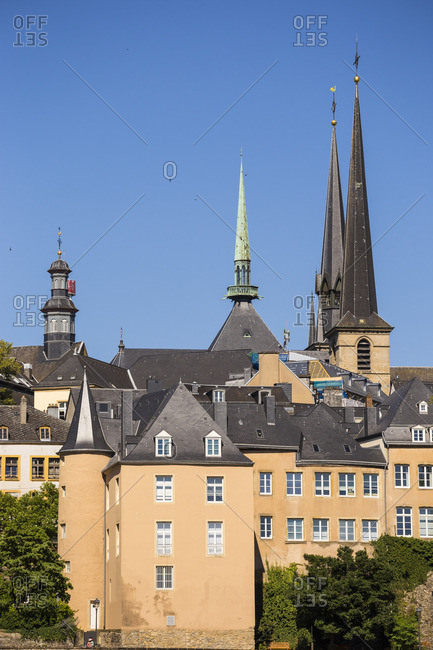 Luxembourg, Luxembourg City, The Corniche (Chemin de la Corniche) and spires of Our Lady of Luxembourg Cathedral - known as Notre-Dame Cathedral