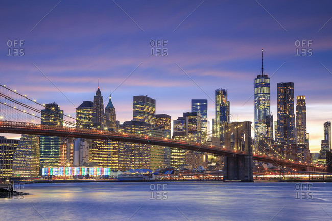 Usa, New York City, Brooklyn, Brooklyn Bridge and Manhattan Skyline