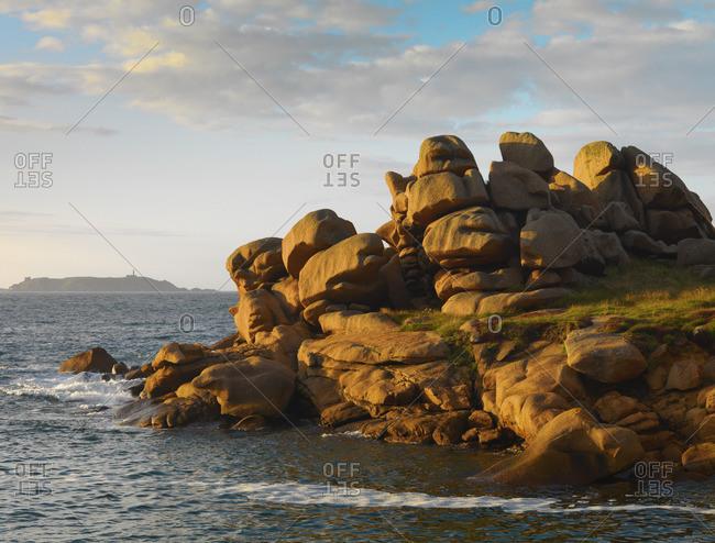 France, Brittany, Cote de Granit Rose (Pink Granite Coast), Cotes d'Armor, Tregastel, rock formations