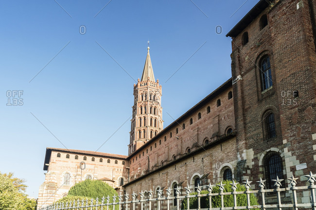 Basilique Saint-Sernin de Toulouse, medieval basilica with relics of 128 saints a thorn said to have come from the Crown of Thorns, Toulouse, Occitanie, France