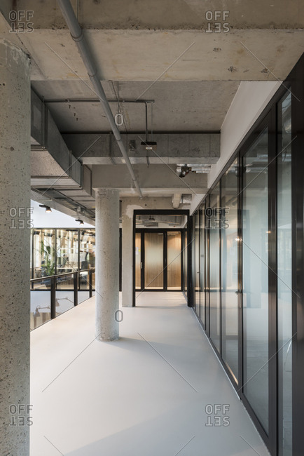 Interior view of a modern office building with concrete details