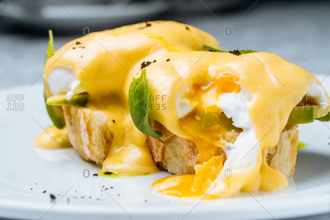 Close up of eggs Benedict