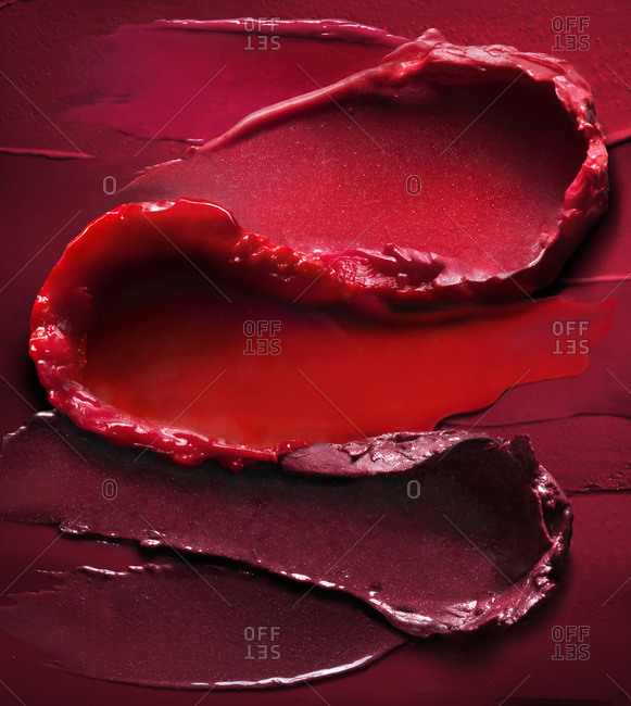 Smeared lipstick texture