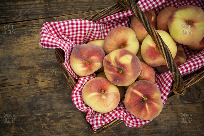 Doughnut peaches in wickerbasket