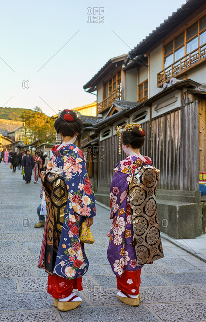 Geishas wearing kimonos in Gion, Kyoto, Japan, Asia